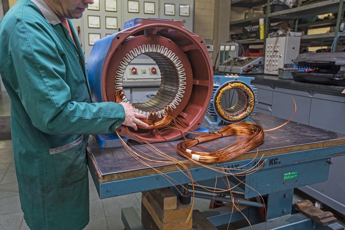 Piessens Electro Industrie - Herwikkelen van motoren - Boninage 1