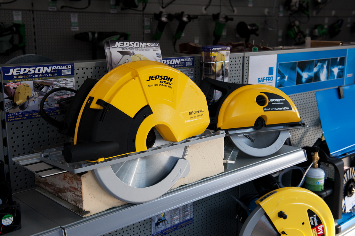 Openingsreceptie nieuwe winkelruimte Piessens Electro Industrie